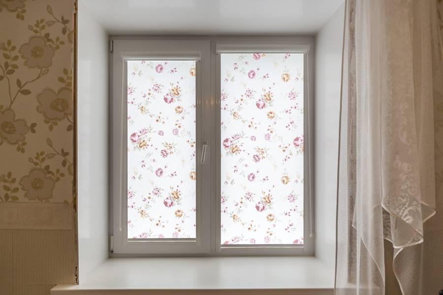 Рулонные шторы на окнах, рис.54