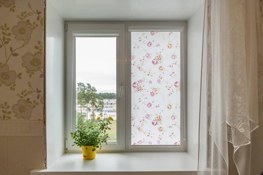 Рулонные шторы на окнах, рис.57