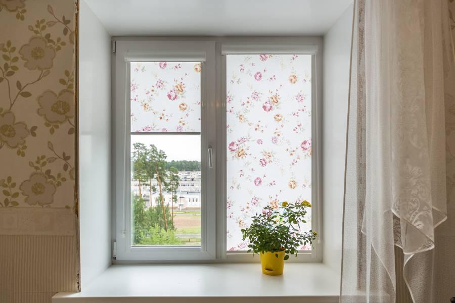 Рулонные шторы на окнах, рис.60